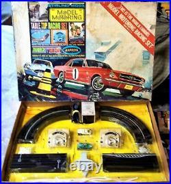 AURORA COMPLETE GOOD #1302 T-JET 2 LANE HO Slot Car Race Track Set 2 Cars TYCO