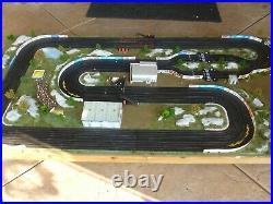 Aurora/AFX, 4' X 8', 4-Lane Slot Car Layout, Ready to Race