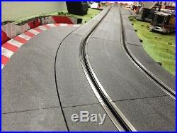 Carrera 1/32 Digital Slot Car Track with 5 Carrera Cars Excellent Condition