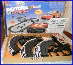 Daytona 500 Nascar HO Scale Electric Racing Track Set No. 9537 Complete Tested