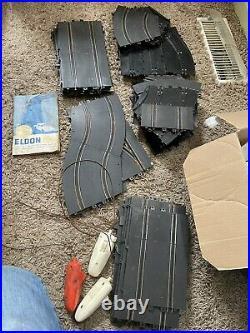 Eldon Slot Car Track Transformer Bridge Guardrail -9 Bodys 5 Cars And Cox