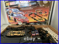 Life Like Nascar Electric 500 Slot Car Track Ho Scale VICTORY LANE Complete