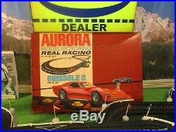NMIB AURORA MoDEL MoToRING Real Racing Console 8 T Jet Slot Car Race Track Set