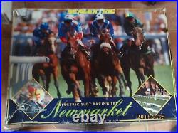 Rare Scalextric Newmarket Horse Racing, Complete and Running. 24' 4 Track