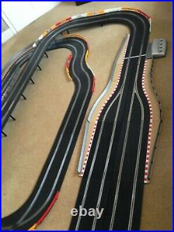 Scalextric Digital, 4 Lane Layout with Straight & Corner Lane Changers & 4 Cars