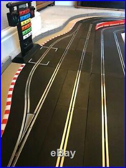 Scalextric Digital Advanced Layout / Pit Lane & Game / 3 Lane Changers & 4 Cars