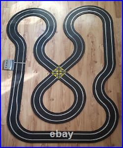 Scalextric Sport 132 Track Set Figure-Of-Eight Layout DIGITAL #E