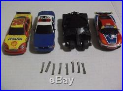 Scx slot car track in nice condition, 4- cars nascar mustang 1/43 scale tested