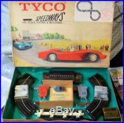 TYCO S HO SPEEDWAYS NEW SLOT TRACK RACE SET with 2 SUPER RARE CARS AURORA TJET