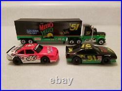 Tyco HO 5 NASCAR Days of Thunder Race Track Slot Cars & Matchbox Semi's +3 Cars