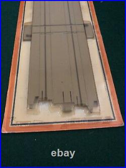 Tyco Us1 Electric Trucking 9 Inch Railroad Crossing Sealed In Package Nos