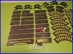 Tyco Zero Gravity Cliff Hangers Extended HO Slot Car Race Track Set Complete Lot