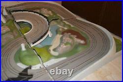VINTAGE 1965 AC GILBERT JAMES BOND 007 ROAD RACE SLOT CAR TRACK SET Lemans Start