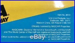 Vintage NASCAR Daytona Speedway 1991 MINT NEW IN BOX Slot Car Race Track