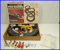 Vintage TYCO Pro HO Slot Car Competition Lighted Pro Racing Set 8111 No Cars